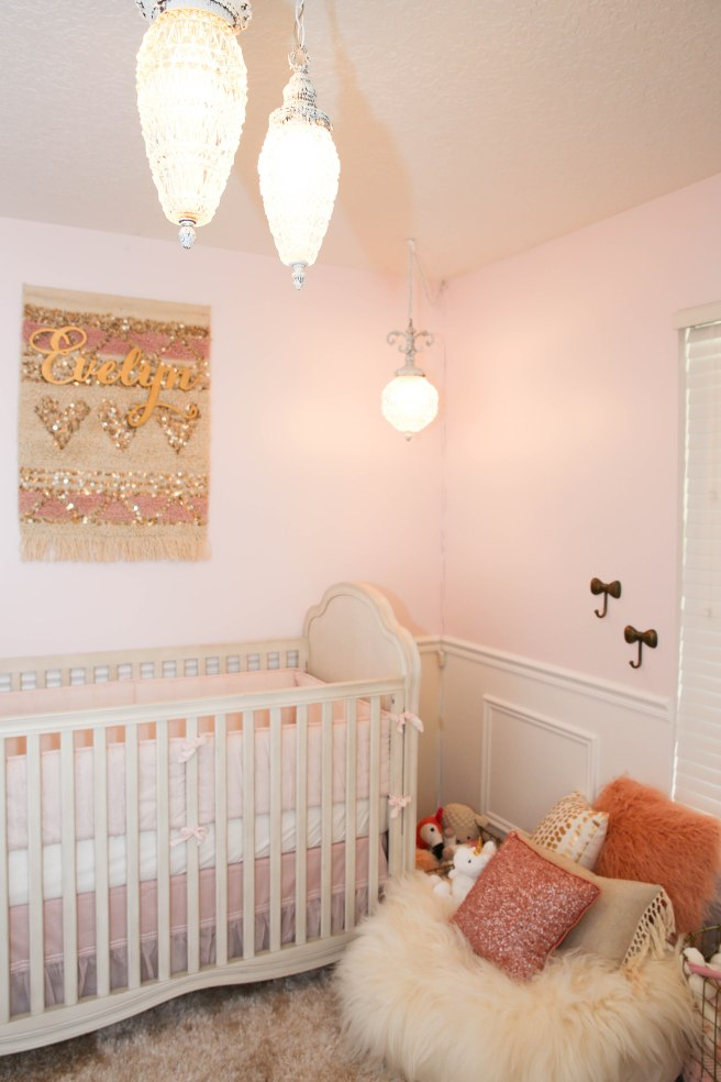 Evelyn Nursery-8100